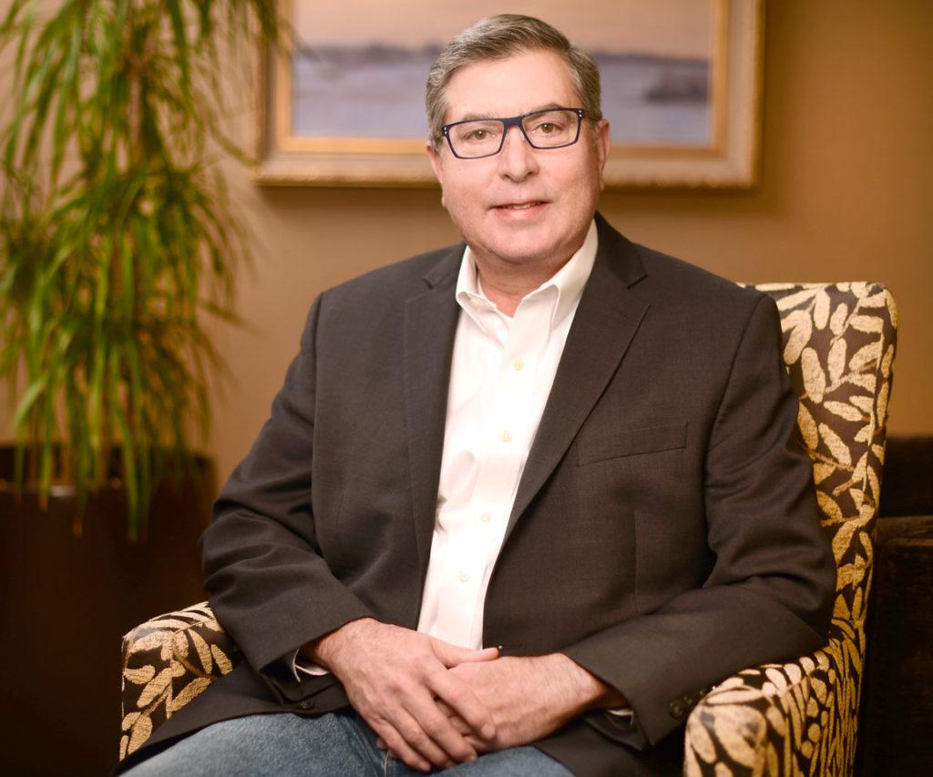 Scott Thomas Senior Vice President - Crown Bank